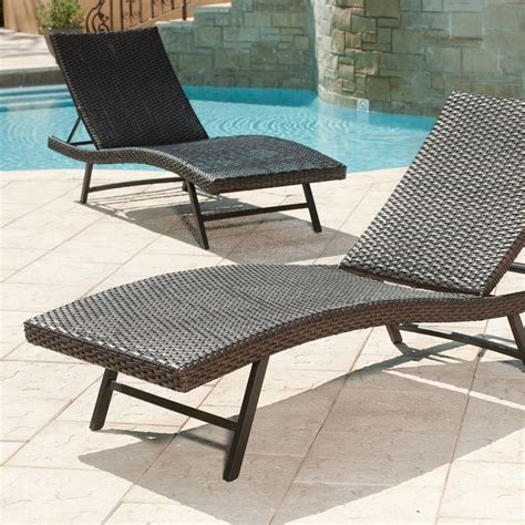 pool furniture chaise lounge plushemisphere a lovely collection of pool chaise lounge