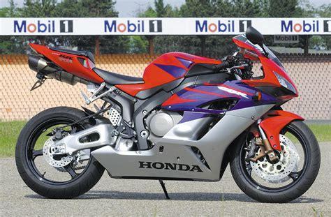Original Motobatt Mbtz10s For R1 R6 Cbr 1000 600 Mv F4 Er6 exhaust system honda fireblade cbr1000rr bodis exhaust
