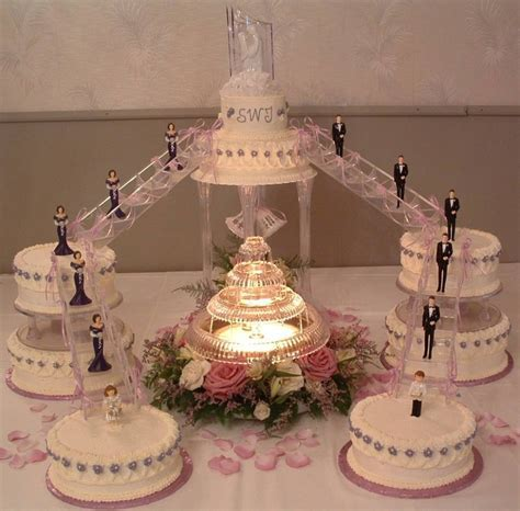 Unique Wedding Cake Designs   Tips on How to Make Your