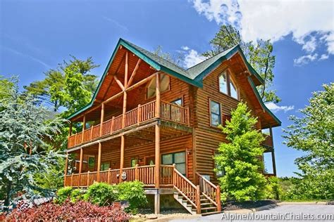 Large Cabins In Pigeon Forge by 5 Reasons Staying In A Pigeon Forge Cabin Should Be Your