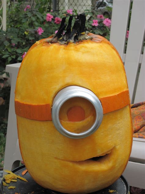 Minion Pumpkin Decorating by Fancy Pumpkins 8 Painting Carving And Decorating Ideas