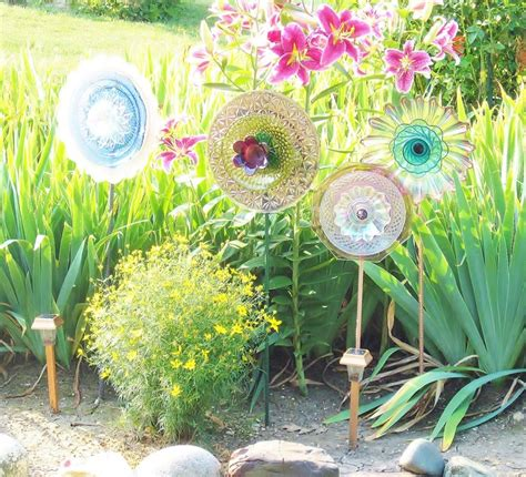 Feminine Garden Art Decoration Glass Plate Flower Upcycled Joy Plate Flowers For The Garden