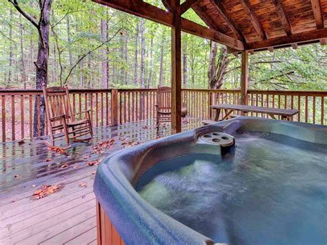Downtown Gatlinburg Cabins Walking Distance by 9 Cozy Gatlinburg Cabins For Rent For Your Mountain