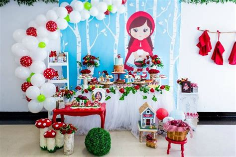 Adorable Little Red Riding Hood  Ee  Birthday Ee   Party Pretty