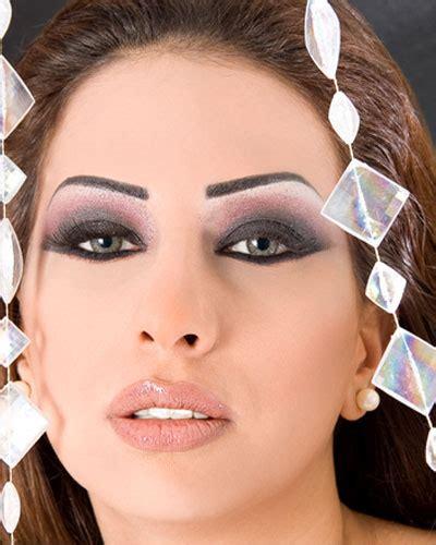 extreme tattoo makeup iddialı bayanlara makyaj modelleri melekler mekanı forum