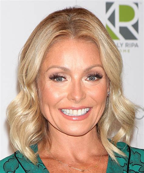 does kelly ripa have fine or thick hair ripa hair august kelly ripa hair august