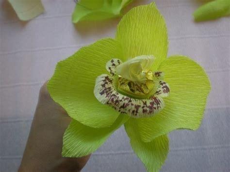 orquidea de papel crepe c 243 mo hacer orqu 237 deas con papel crepe y chocolates