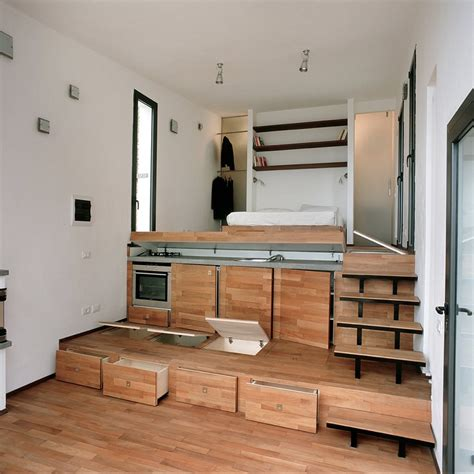 floor storage tre livelli a studio dwelling with a stepped floor plan