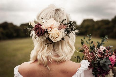 wedding hair with flowers wedding hair flowers for country bohemian brides