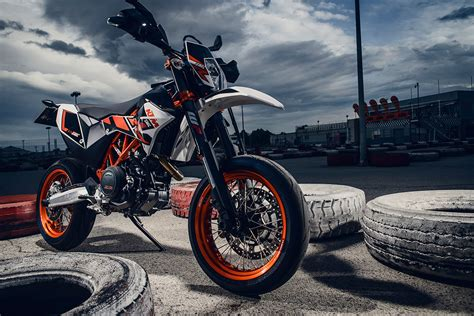 Ktm Smc 690 2014 Ktm 690 Smc R Derestricted