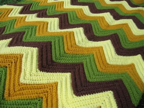 single crochet zig zag pattern vintage crochet afghan blanket zig zag pattern green brown