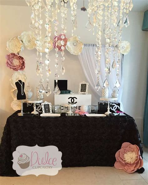 Chanel Decorations by Best 25 Chanel Birthday Ideas On Chanel