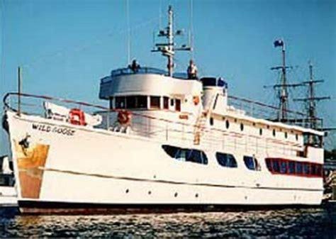 john wayne s boat john waynes yacht car interior design