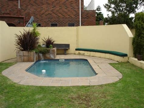 very small pools swimming pool 3 dive in pinterest