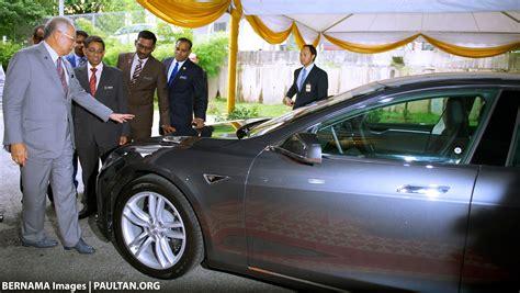 Tesla Electric Car Malaysia Greentech Malaysia Looks To Tesla Motors In Bid Promote