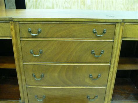 Huntley Furniture by Vintage Huntley Furniture Mahogany Buffet