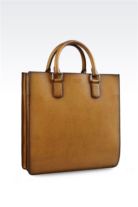 Bag Giorgio Armani 818 2 giorgio armani tote bag in brushed saffiano calfskin in