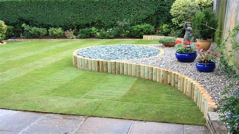 Landscape Gardening Ideas For Small Gardens Garden Design For Small Gardens Landscape Design Ideas