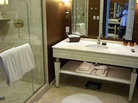 How To Get Scratches Out Of Corian Countertops by How To Fix Scratches In Bathroom Vanity Tops Ehow