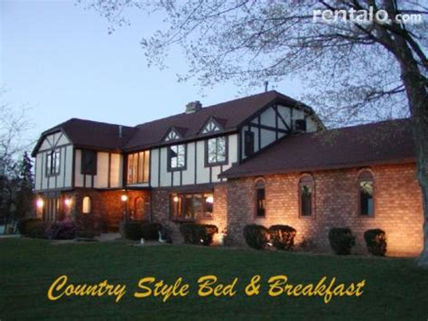Saugatuck Bed And Breakfast With Pool by Saugatuck Bed And Breakfast Heritage Manor Inn Bed