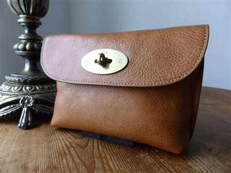 Mulberry Pouch mulberry locked cosmetic pouch in oak leather sold