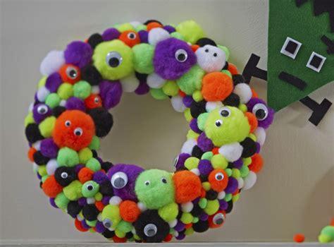 halloween pom pom wreath hobbycraft blog