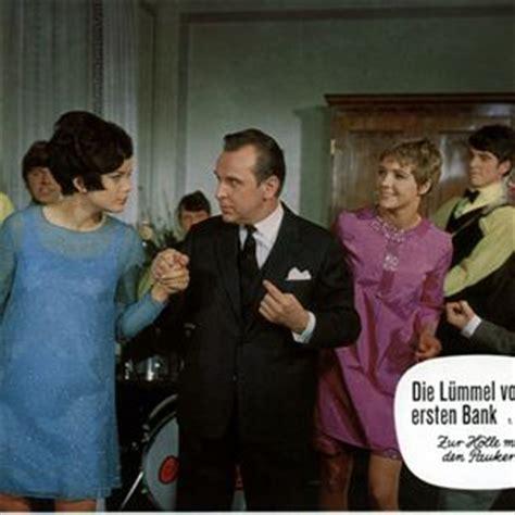 die lã mmel der ersten bank schauspieler die l 252 mmel der ersten bank 1968 filmstarts de