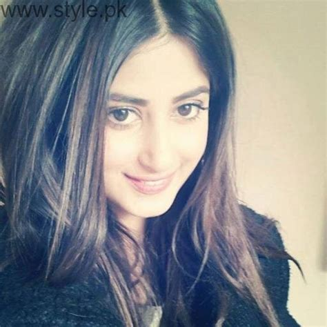 sajal ali without makeup hows she looking without pakistani actresses who don t have haters style pk