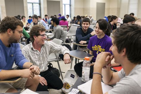 Lsu Freshman Application Process Apply For Aid Lsu Financial Aid Scholarships