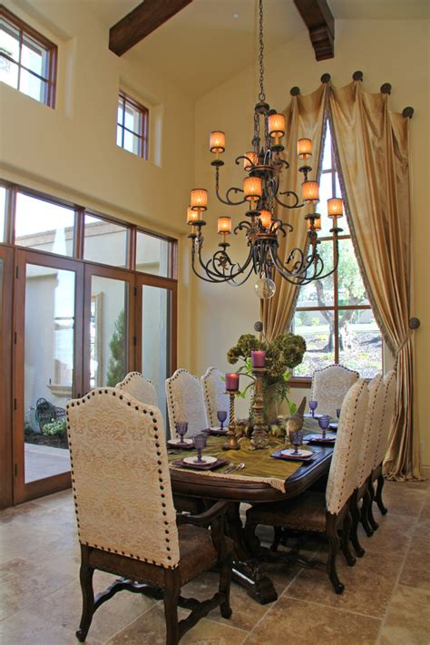 Spanish dining room furniture