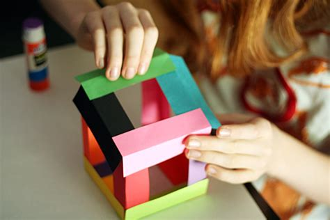 Cool Construction Paper Crafts - paper cube sculptures make and takes