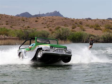 watercar panther video jet propelled amphibian panther watercar does it