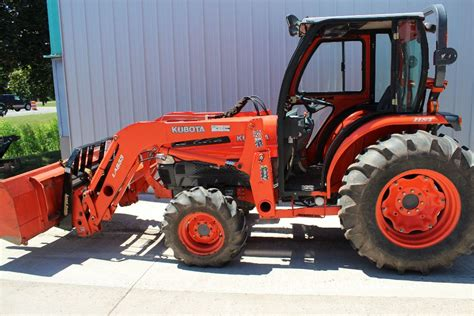 Ford tractor dealers mich