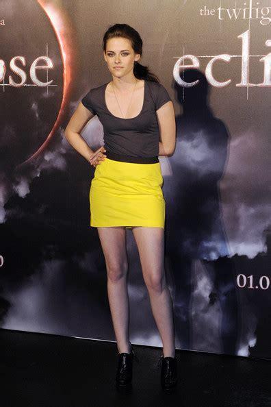 10 Kristen Stewart In Minis Sizzling Looks by More Pics Of Kristen Stewart Mini Skirt 9 Of 10 Mini