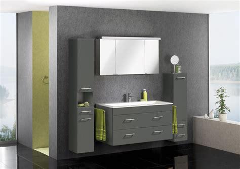 Badezimmer Spiegelschrank Schweiz by Badm 246 Bel Aus Der Schweiz Reuniecollegenoetsele