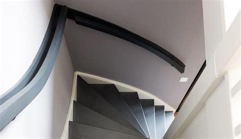 perfekt streichen streichen sie ihr treppengel 228 nder passend zur treppe