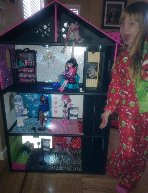 151 Best Doll House Homemade Images On Pinterest Doll Houses Dollhouses And Child Room
