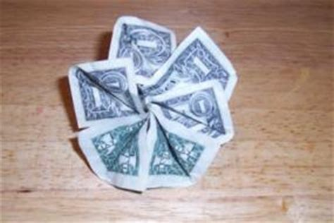 Folding Paper Money Into Flowers - how to fold money into objects