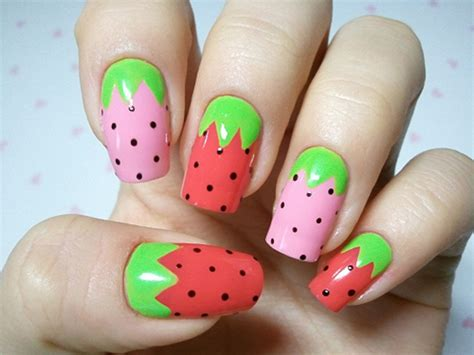 tutorial nail art strawberry 15 cool nail art designs style arena