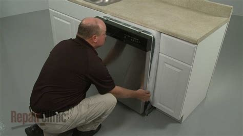 Kitchen Cabinet Pelmet by Whirlpool Dishwasher Removal And Installation Youtube