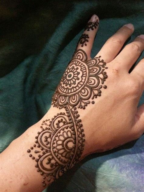 motif tato hena kupu kupu henna design by myself hennadesignbyx mehndiart
