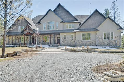 carrie fisher s home mike fisher carrie underwood selling ottawa dream home