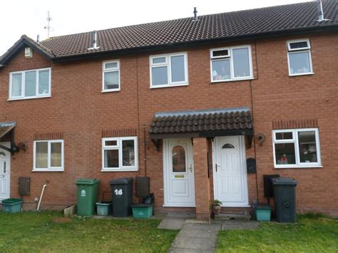 2 bedroom houses for rent in gloucester 2 bedroom house to rent in greyhound gardens longlevens