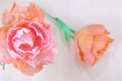 fiori di carta pesta come fare un fiore di carta crespa e acquerelli tutorial