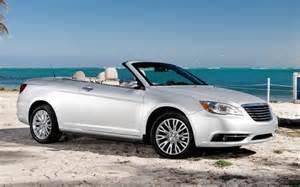 Chrysler 200 Hardtop Convertible Reviews The 2012 Chrysler 200 Convertible Is An Easy Cruiser With