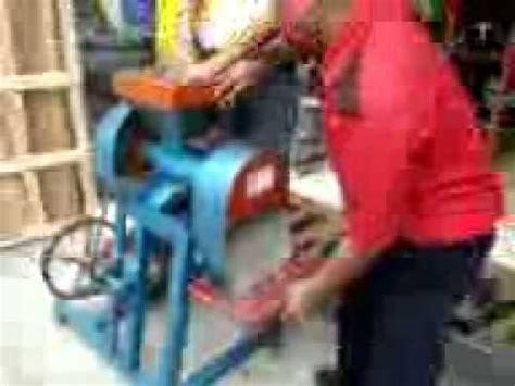 video proses pembuatan pelet pakan ternak  mesin