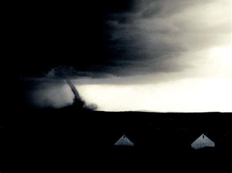 Tornado Black 16 amazing tornado pictures
