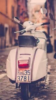 HD Background Piaggio Vespa Scooter Road Italy Rome Rear