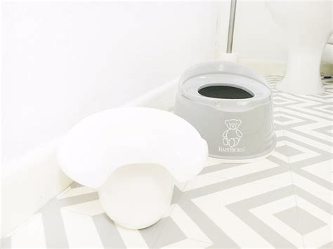 bjorn potty seat babybjorn potty review and giveaway