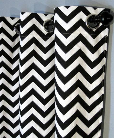 gardinen schwarz weiß 30 gardinendekoration beispiele die fenster kreativ